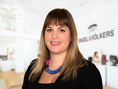 Nelly Cokelekoglu - Conveyancer