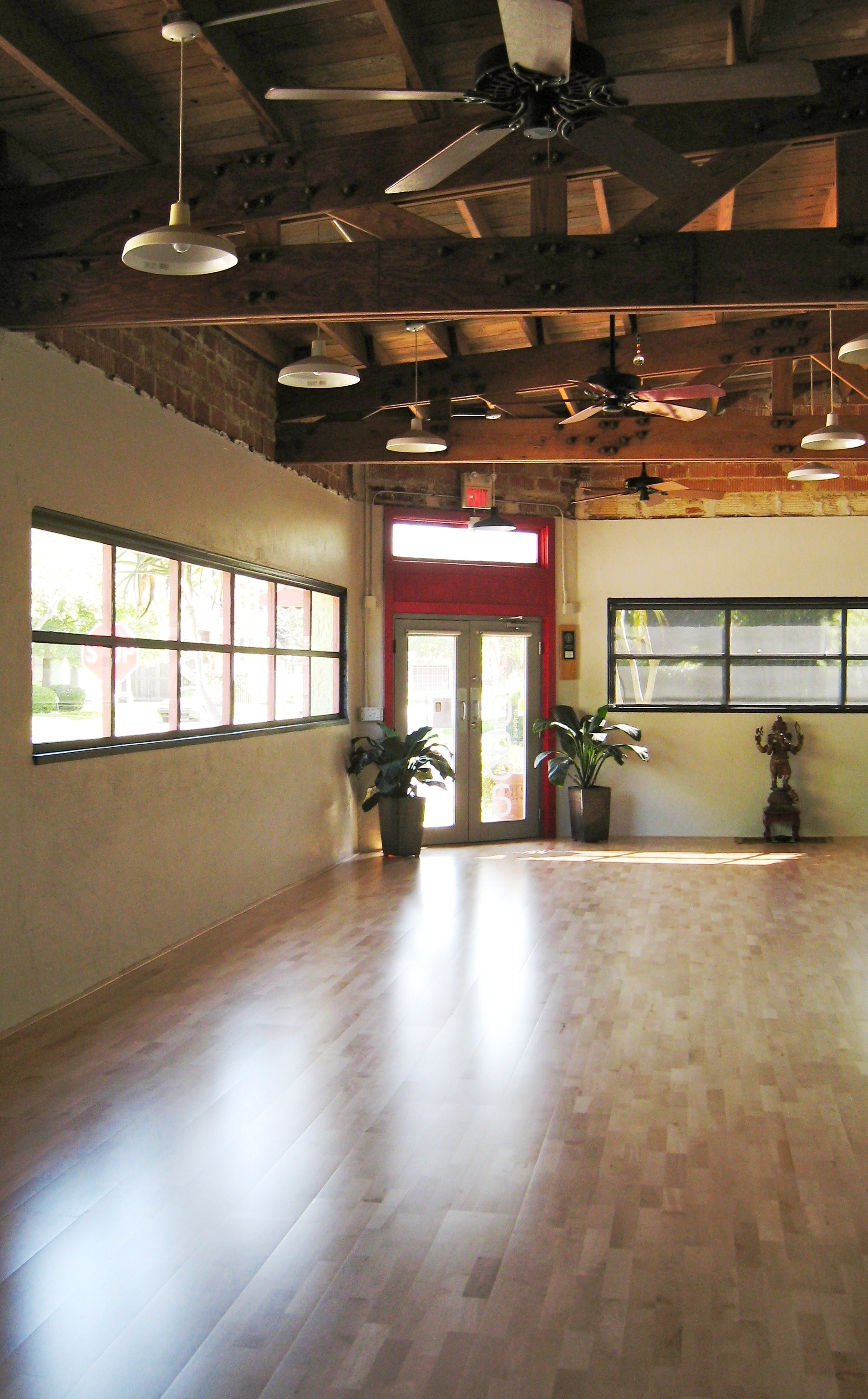 The practice space in Heights School of Yoga