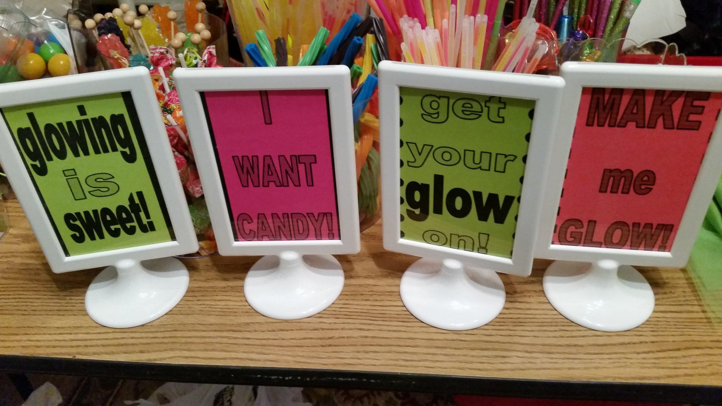 Halle Glow Signs.jpg