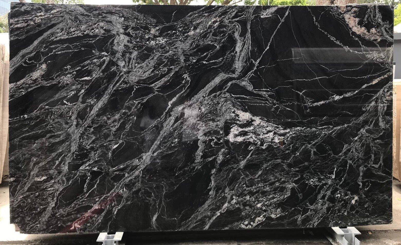 Granite Black Beauty greyhammer..jpg