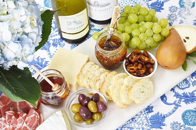 One of the harshest realities of adulthood is learning that cheese is expensive - I'm still coping 😂. Head to the blog for my tips and tricks for putting together a nice cheeseboard without spending a lot. Plus, some great wines to go with your 🧀 - all under $25. Link in bio. Now go throw a vin et fromage soirée stat!
