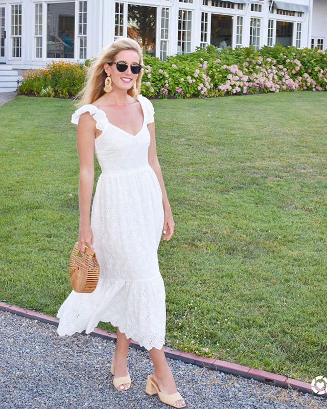 My new go to summer soirée dress from @hm! Head to the blog for a full review on this dress plus additional product links. Link in bio▫️http://liketk.it/2wt2x #liketkit #ltkunder100 #hmxme @liketoknow.it