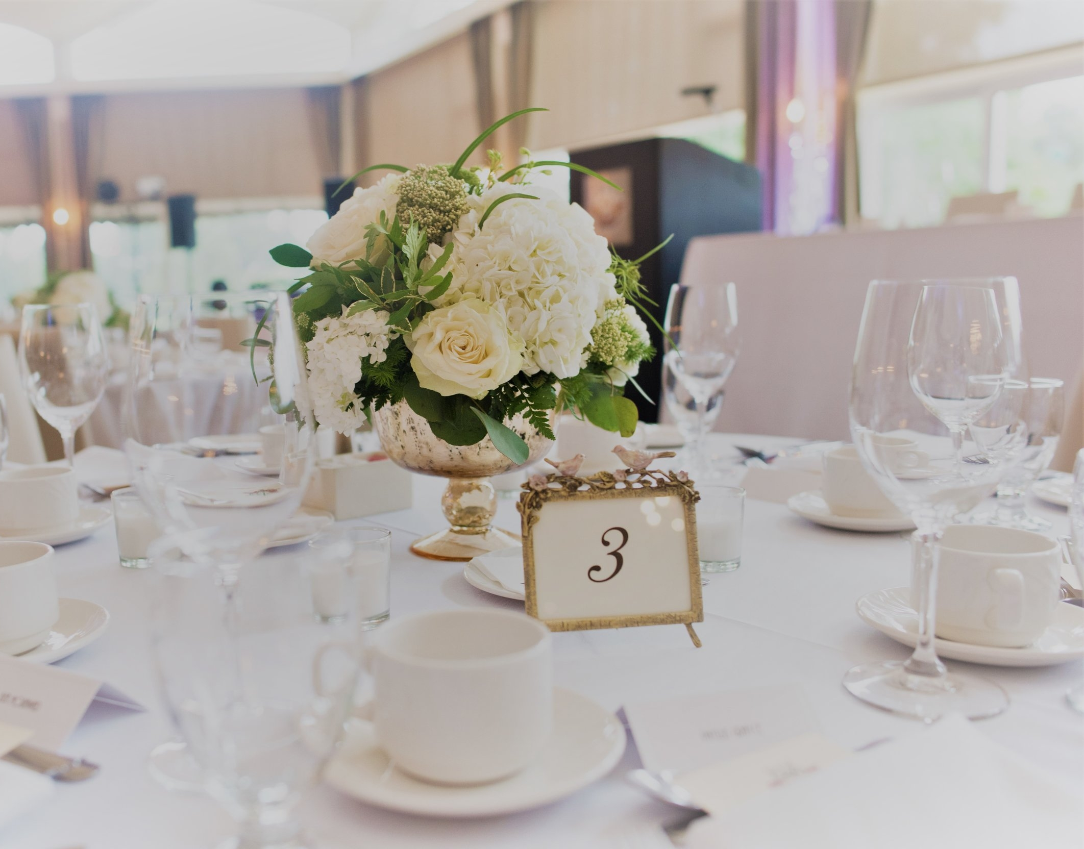 reception table arrangement.jpg