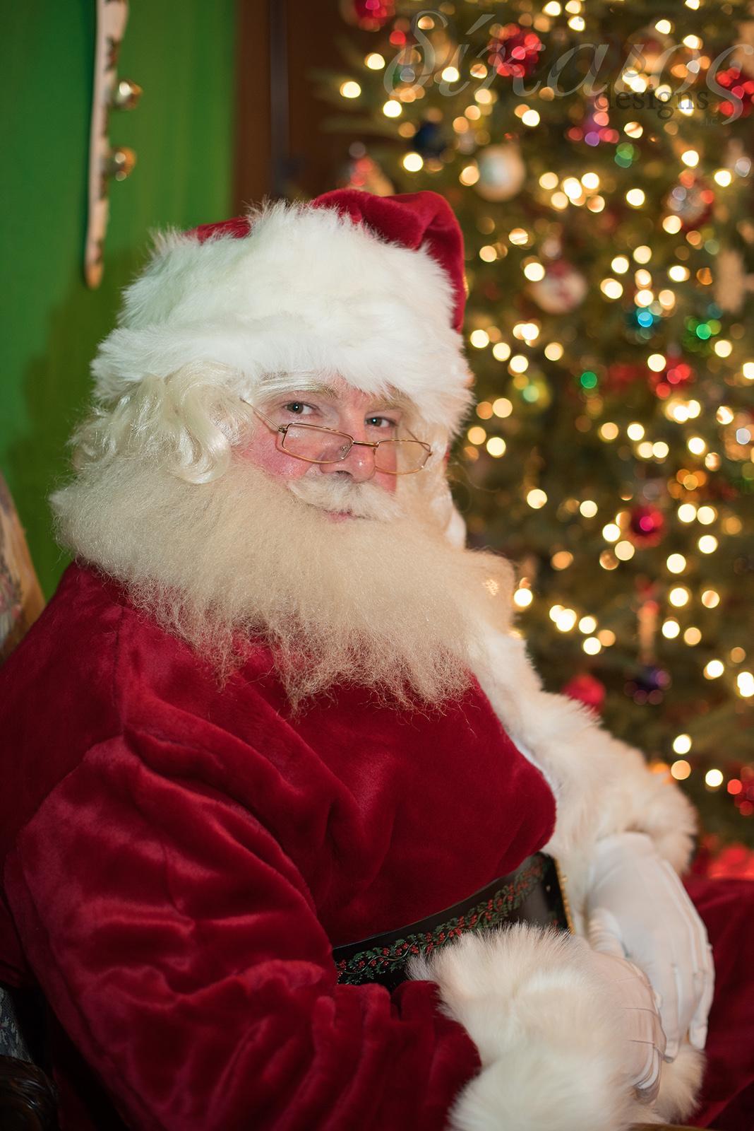 Santa-4277 copy.jpg