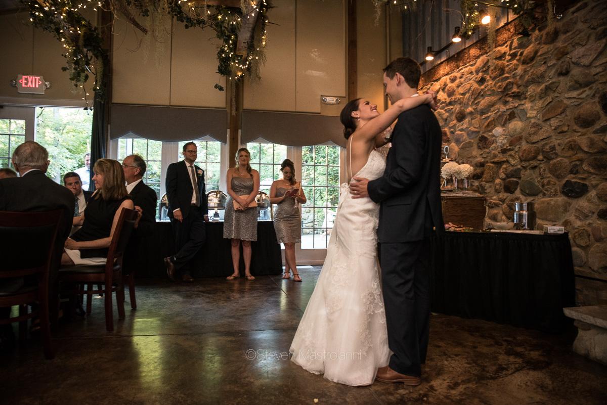 clifton barn wedding photos mastroianni (10)