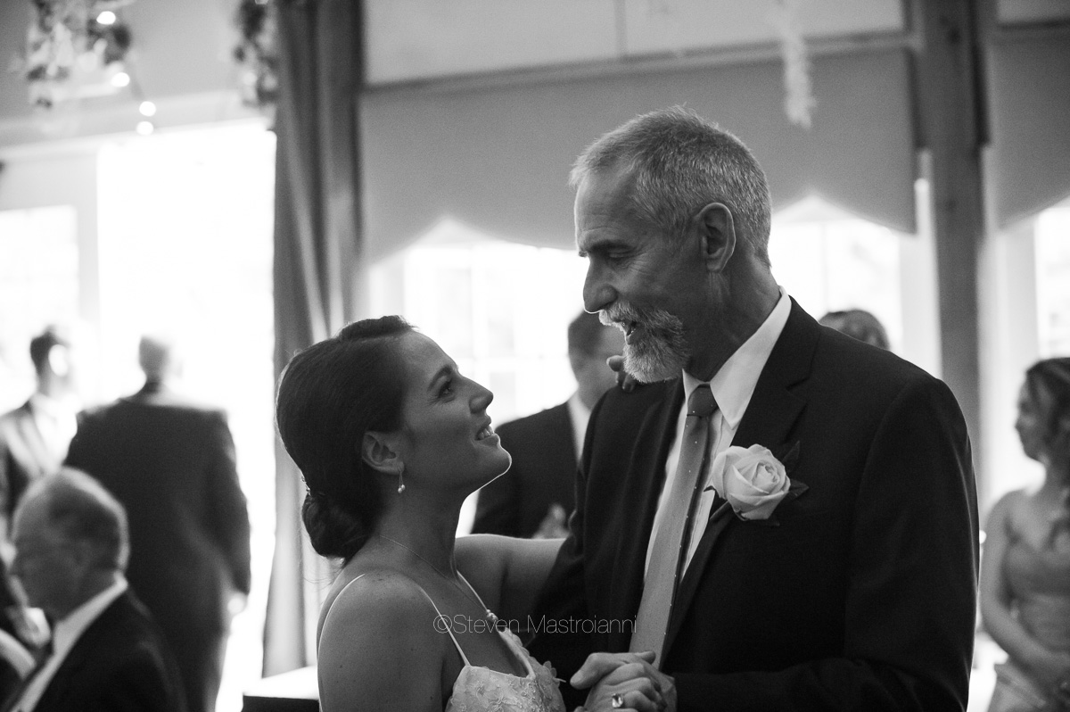 clifton barn wedding photos mastroianni (9)
