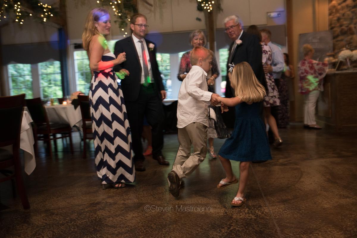 clifton barn wedding photos mastroianni (5)