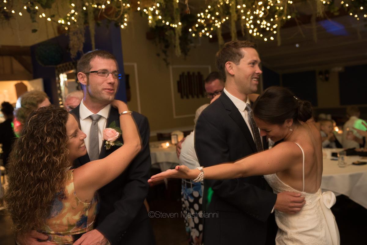clifton barn wedding photos mastroianni (1)