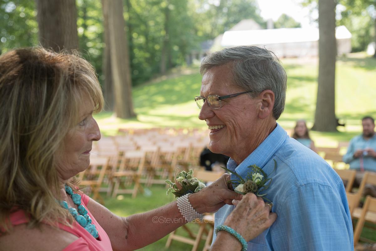 backyard-wedding-photos-cleveland-akron (31)