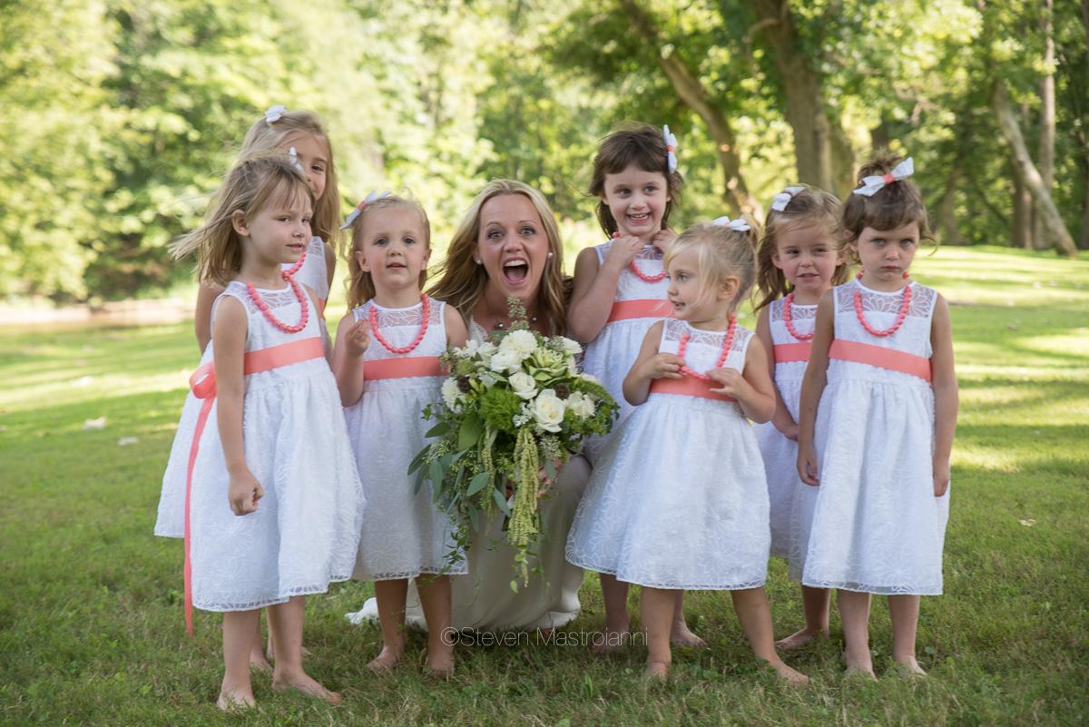 backyard-wedding-photos-cleveland-akron (27)