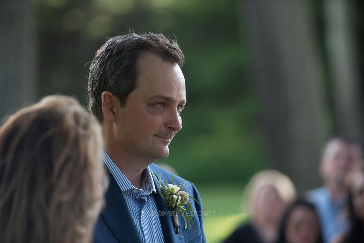 backyard-wedding-photos-cleveland-akron (11)