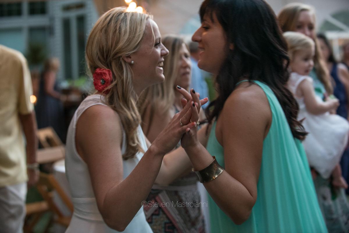 backyard-wedding-photos-cleveland-akron (3)