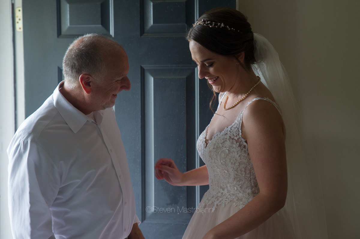 farm-wedding-photos-cleveland-photographer-mastroianni (39)