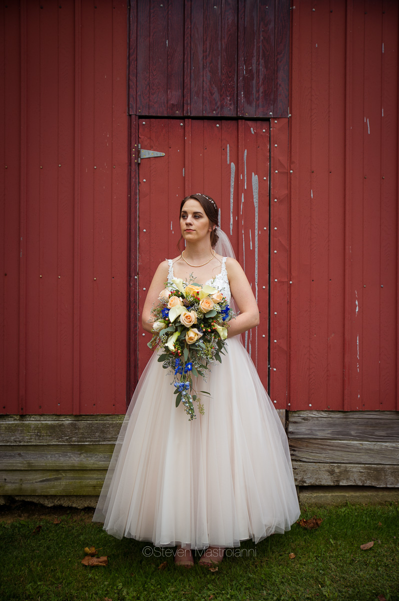farm-wedding-photos-cleveland-photographer-mastroianni (37)