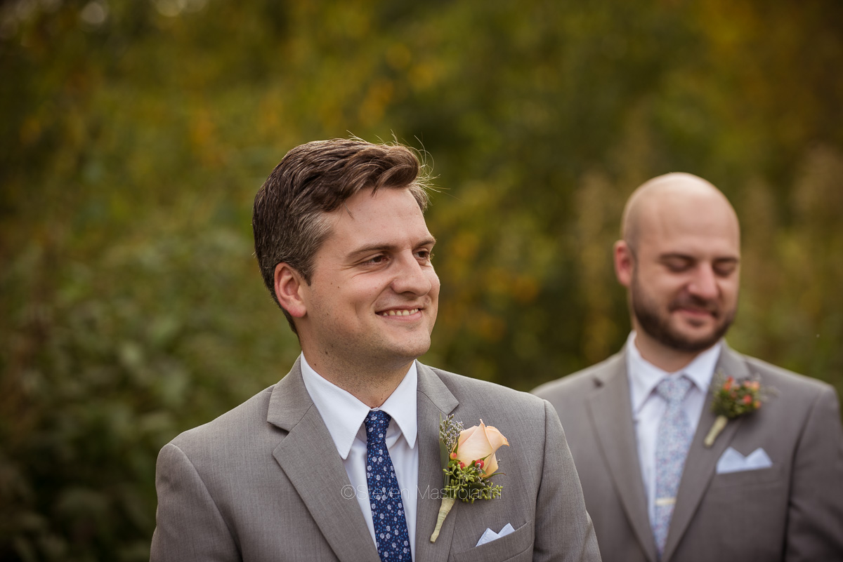farm-wedding-photos-cleveland-photographer-mastroianni (28)
