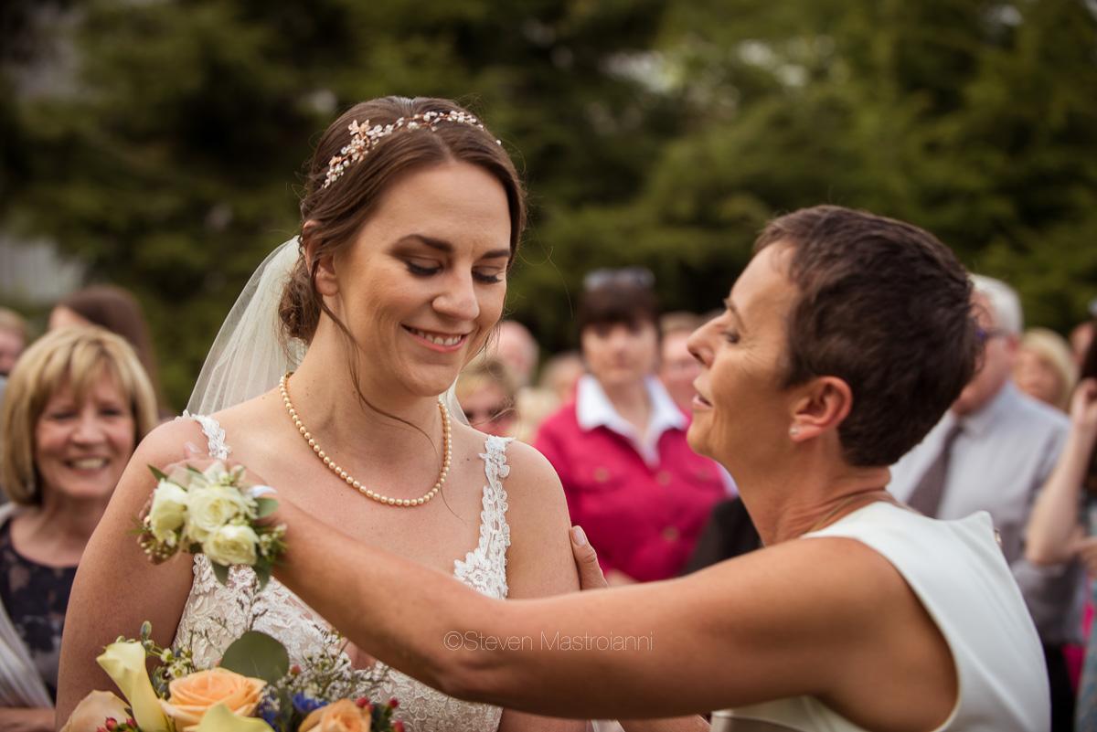 farm-wedding-photos-cleveland-photographer-mastroianni (27)