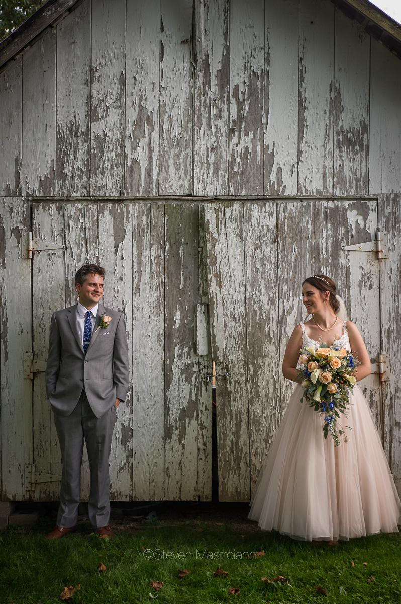 farm-wedding-photos-cleveland-photographer-mastroianni (14)