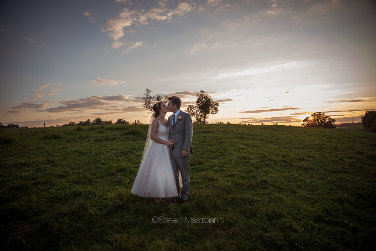 farm-wedding-photos-cleveland-photographer-mastroianni (9)