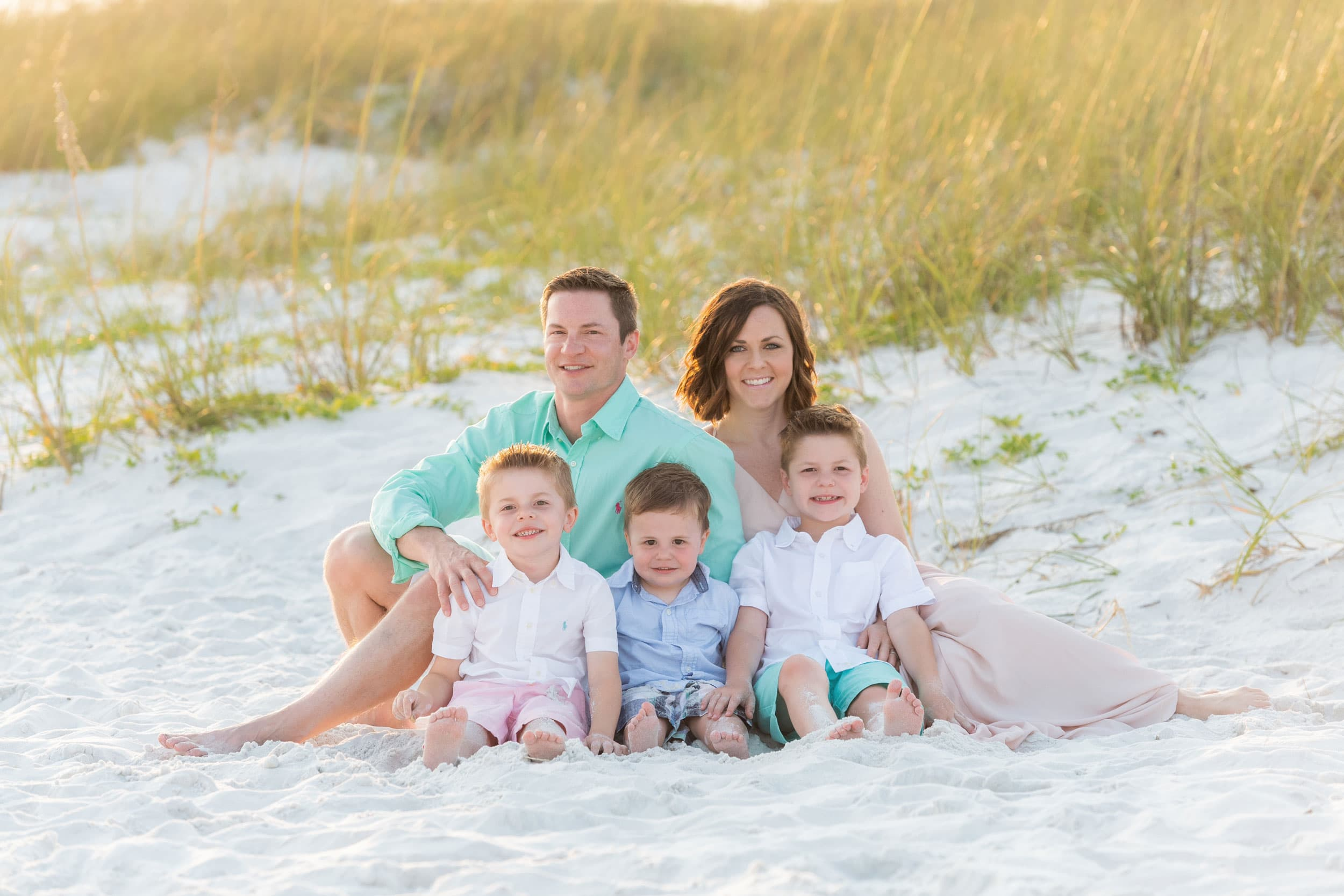destin beach photographer session with children playing in the sand