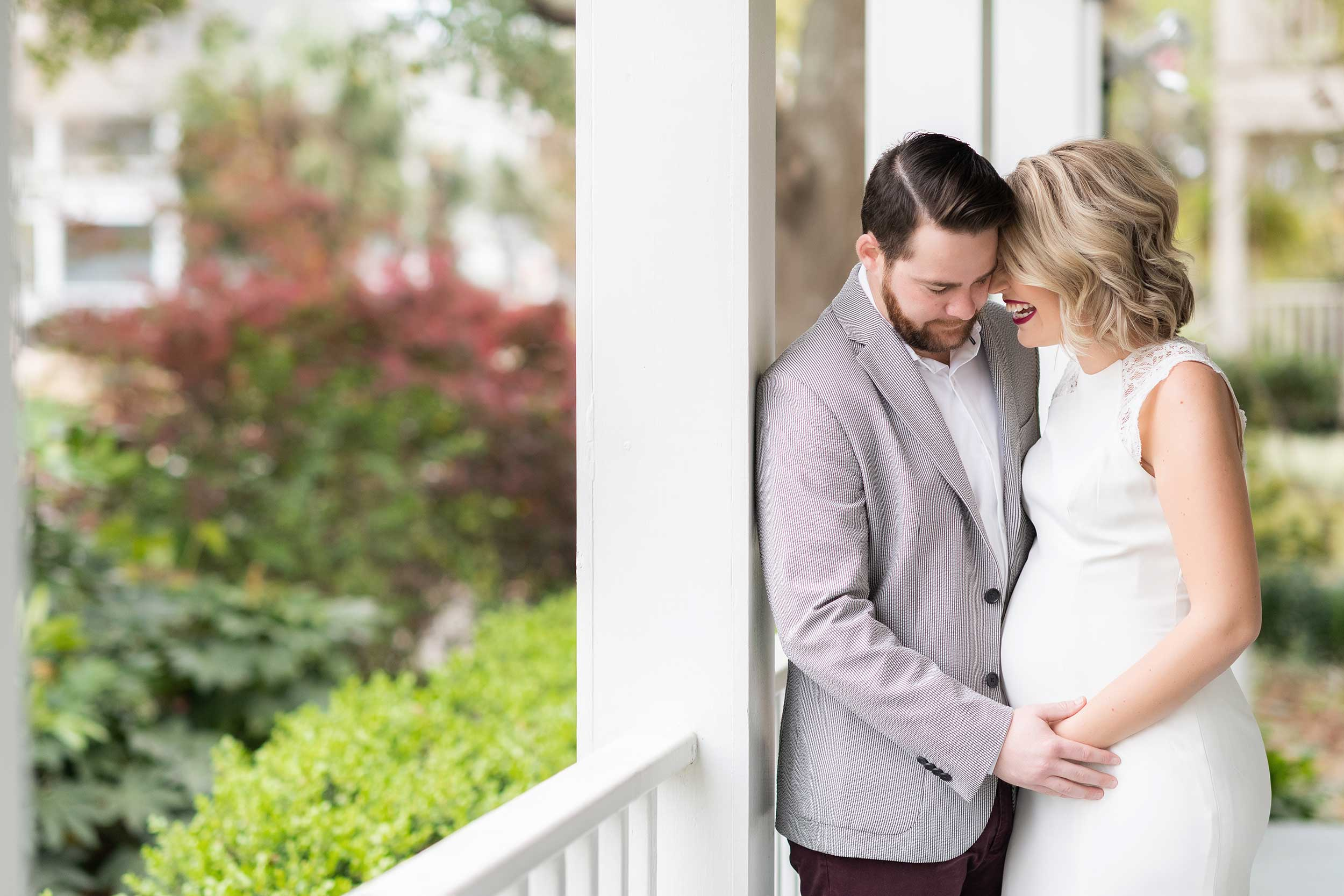 pensacola couple photographer photo of pregnant woman and husband