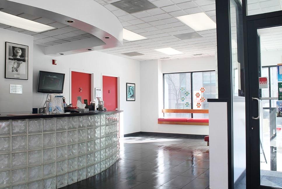 Bright and Spacious Lobby