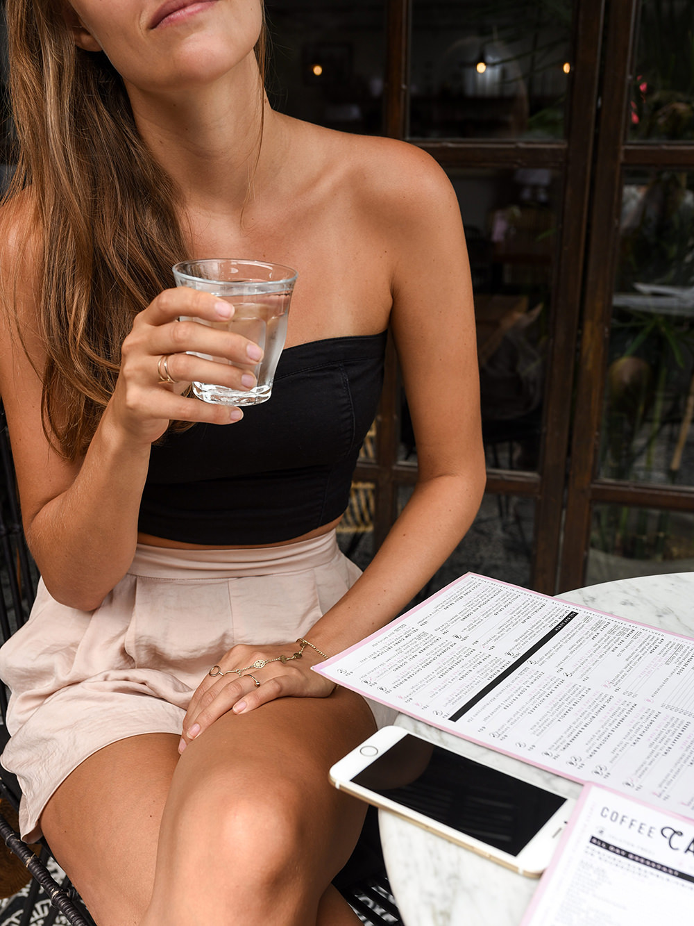 Drink Water and stay away from alcohol - At least 3 days prior to your casting or photography project, drink 3 liters of water each day and stay away from alcohol. It helps your skin bright and soft for the day.
