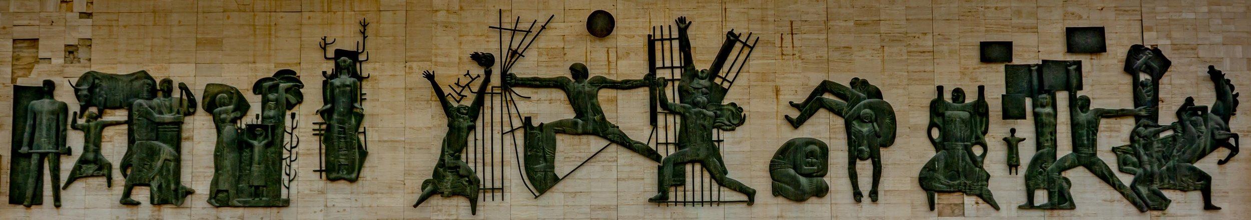 Jawad Salim,  Nusb al-Hurriya , 1961. Bronze on travertine, 50m x 8 m. Liberation Square, Baghdad.   Photo credit: Atheer Muhammad, 2018