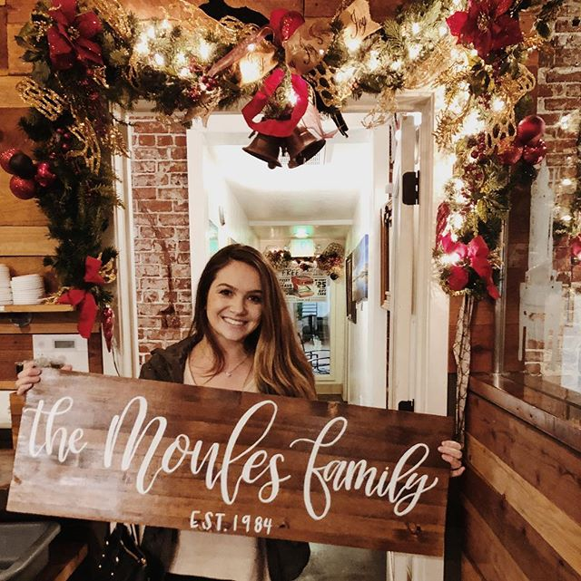 • family 💕 • Deliveries are our favorite, especially when they're in SUPER cute coffee shops that are decorated for the holidays ❤️ thank you @gabbiegaroutte for letting us help you with your Christmas gifts this year 🥰