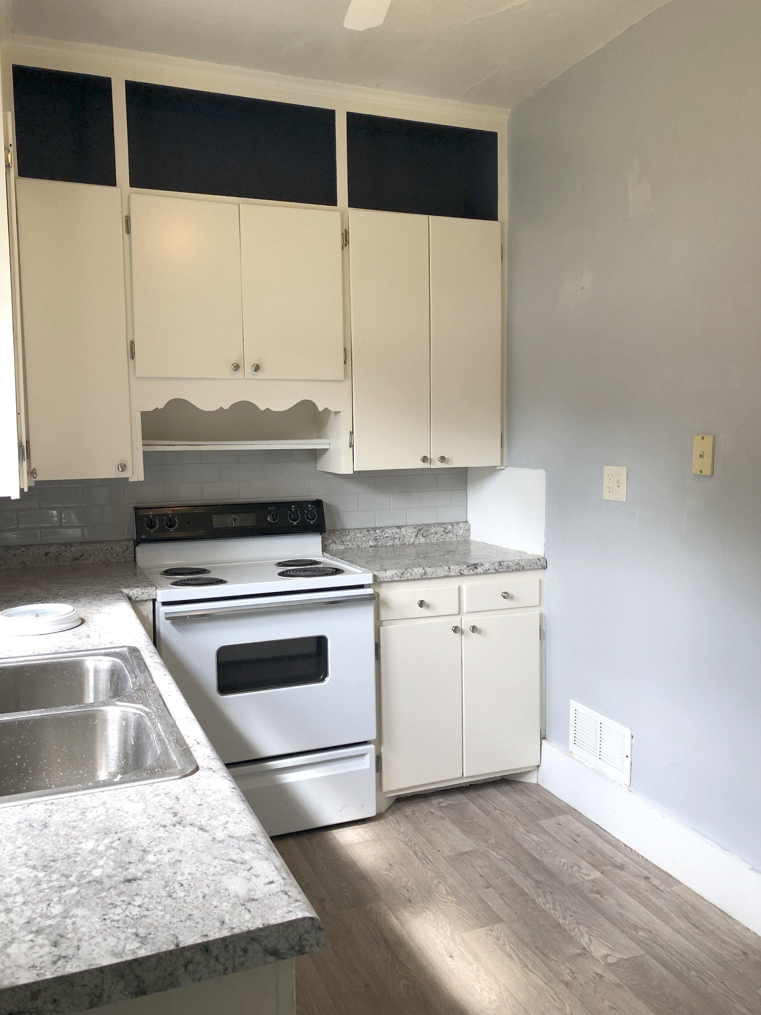 202 N Pine Kitchen2.JPG