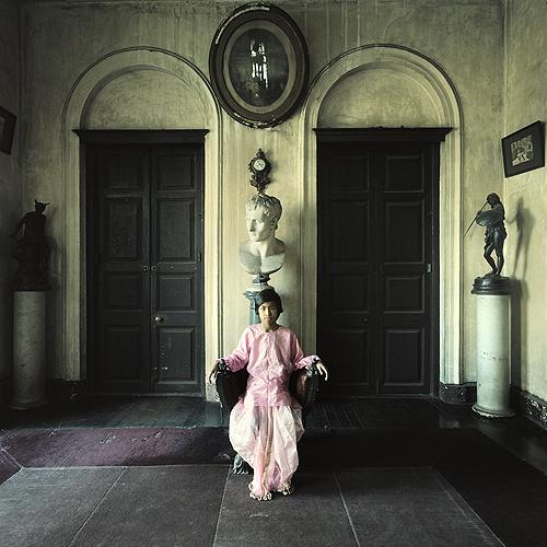 Young boy in Burdwan House, Calcutta, 1977