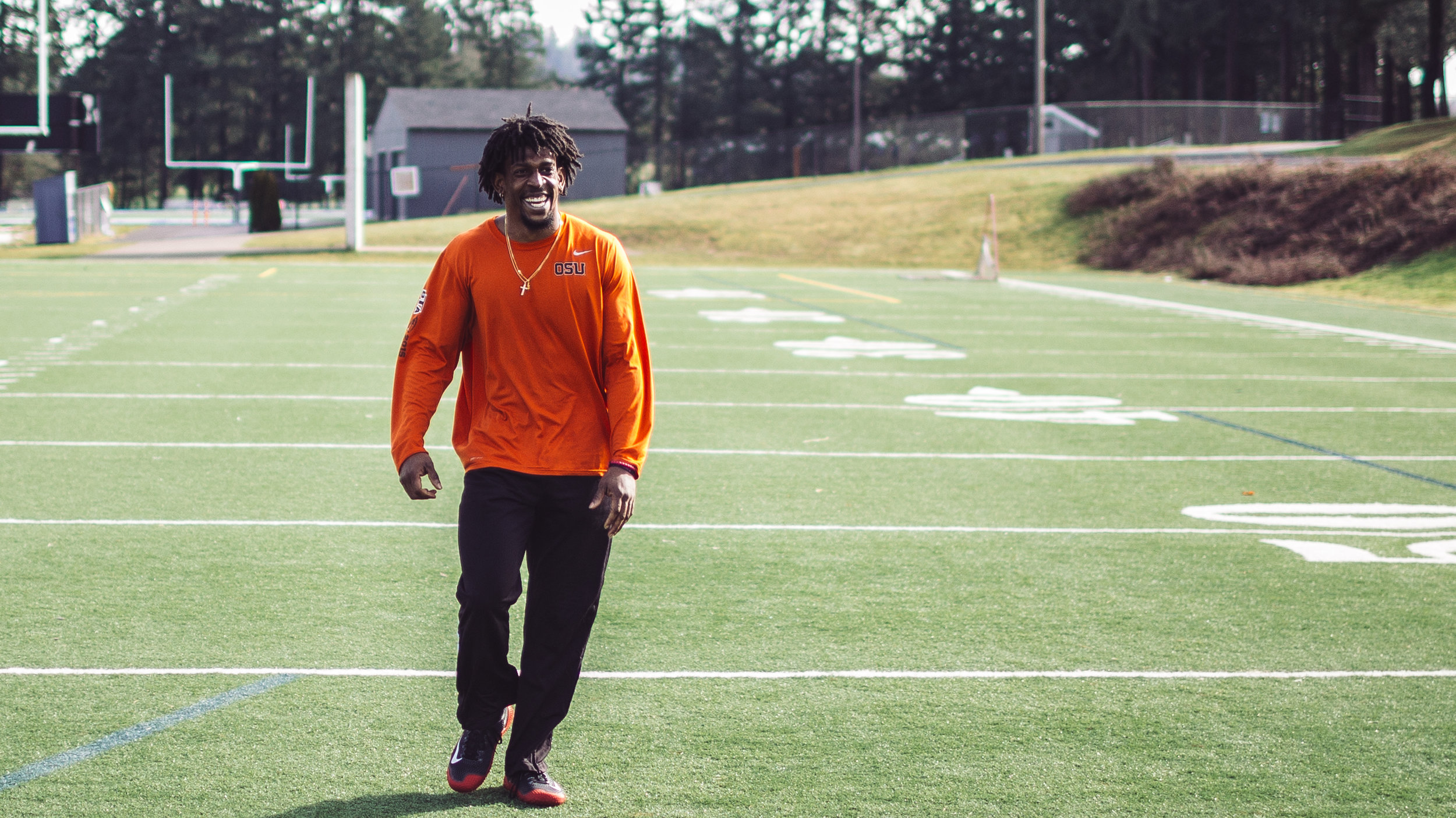 """STORM BARRS-WOODS     Former Running Back - Oregon State University    """"The knowledge that I gained working with HQ PT forced me to learn more outside of just the workouts...the explanations and the discussion of why each movement is important and how it relates to the game is why HQ is unmatched."""""""
