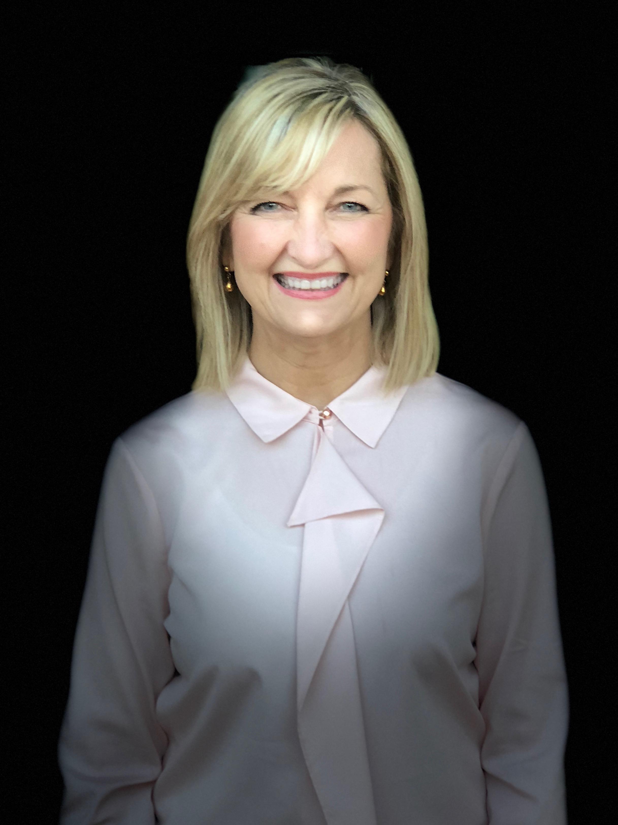 Sue Bentley Headshot.jpg