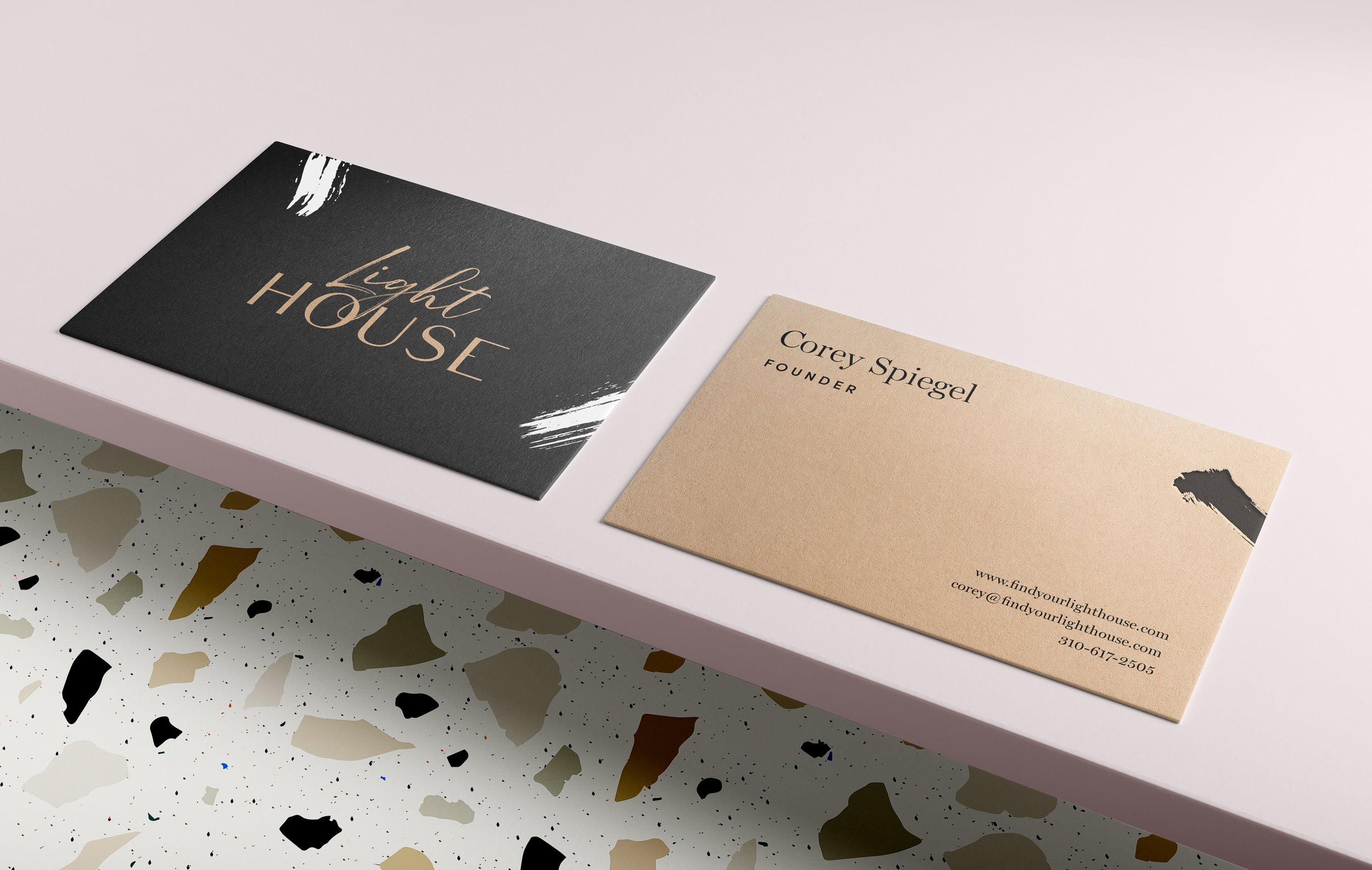 lighthouse-businesscards-02.jpg