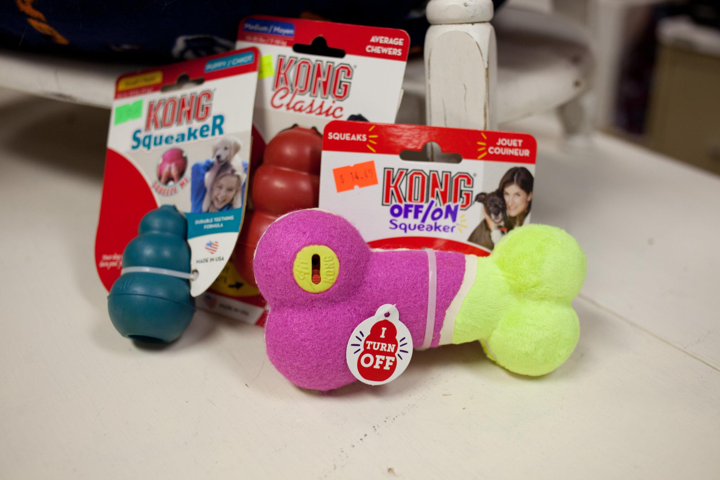 kong toys2.jpg
