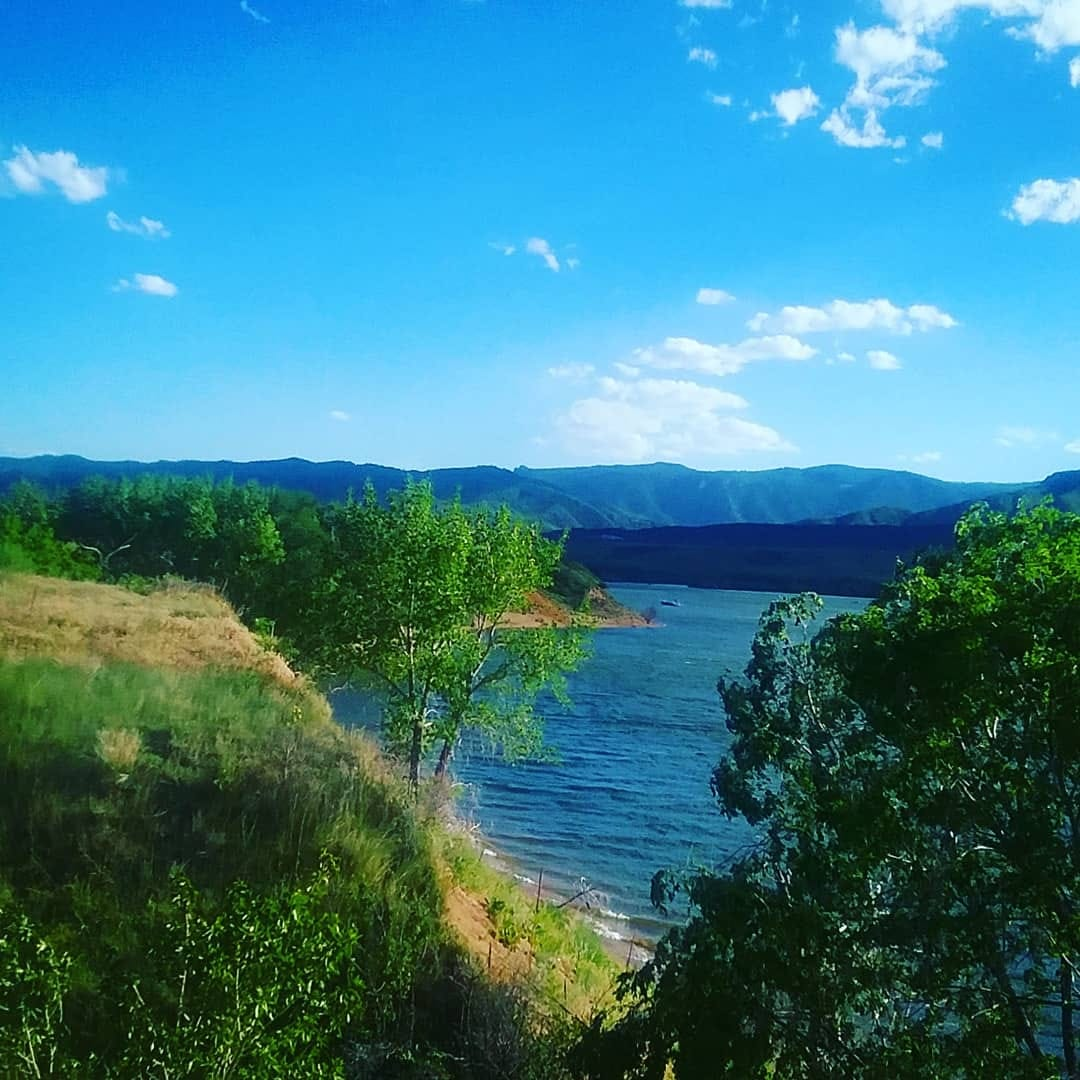 Enjoying the great outdoors at Chatfield State Park in Colorado (June 2019)