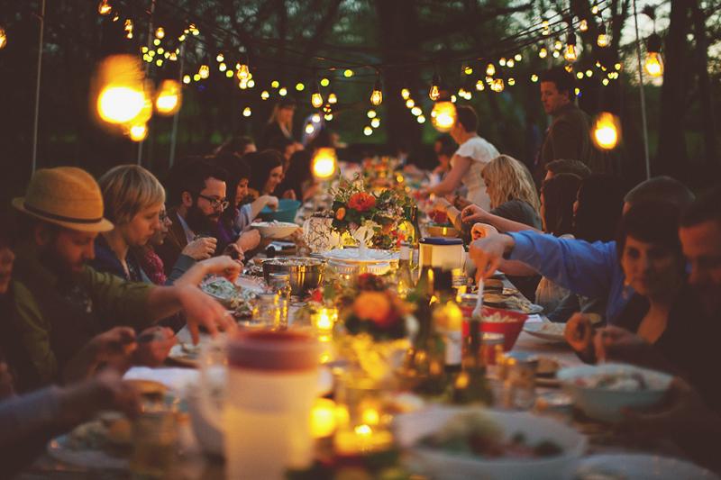 38589-Outdoor-Dinner-Party.jpg