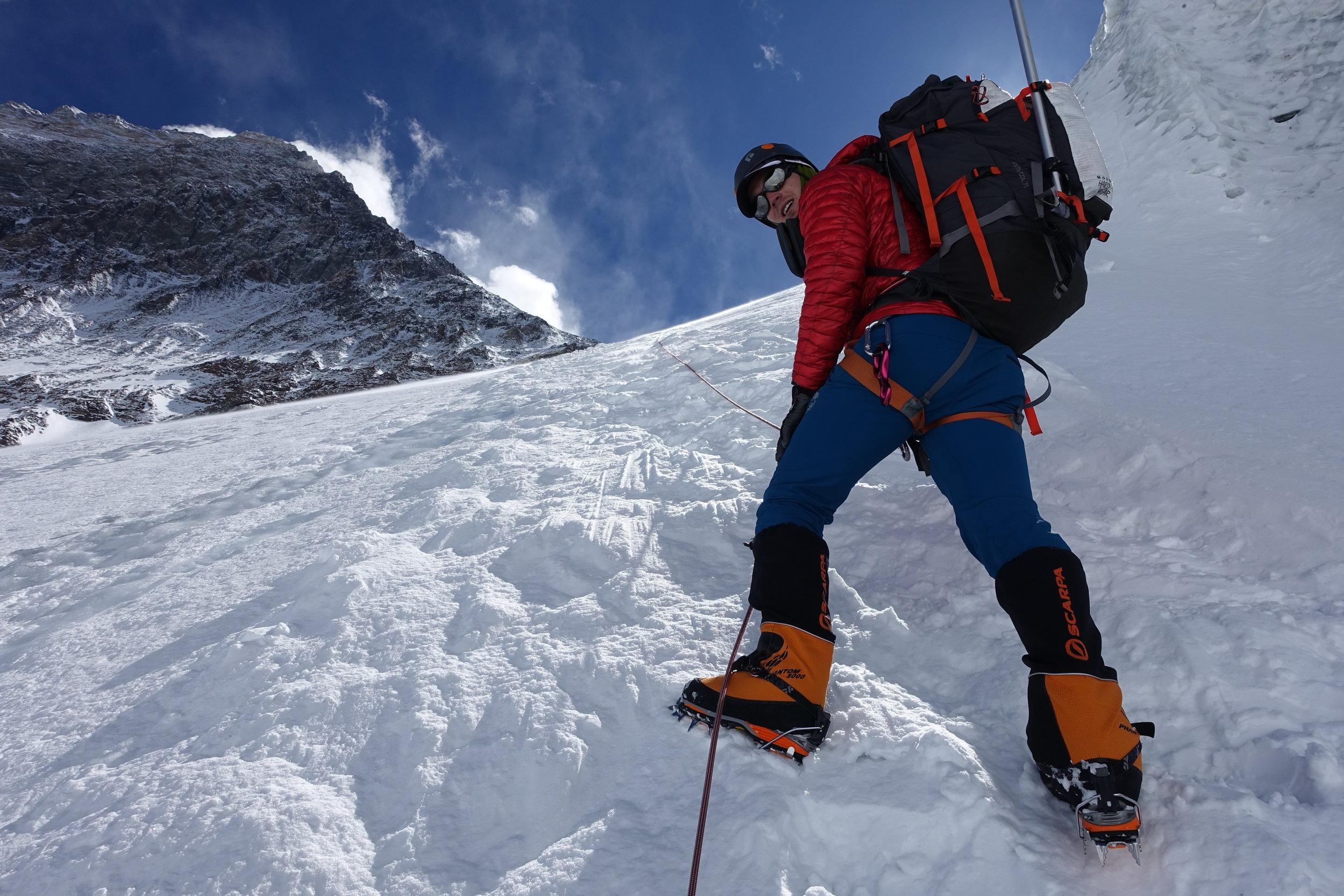 160507_Everest_summit above 2.JPG