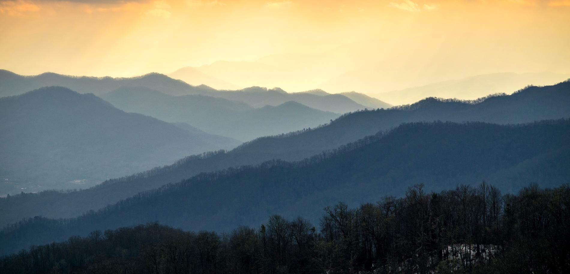 great-smoky-mountains-national-park-mountains-sunset.adapt.1900.1.jpg