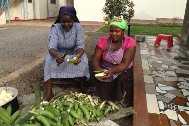 Preparing vegetables in Jinja