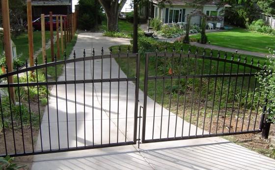 gates_8-560x347.jpg
