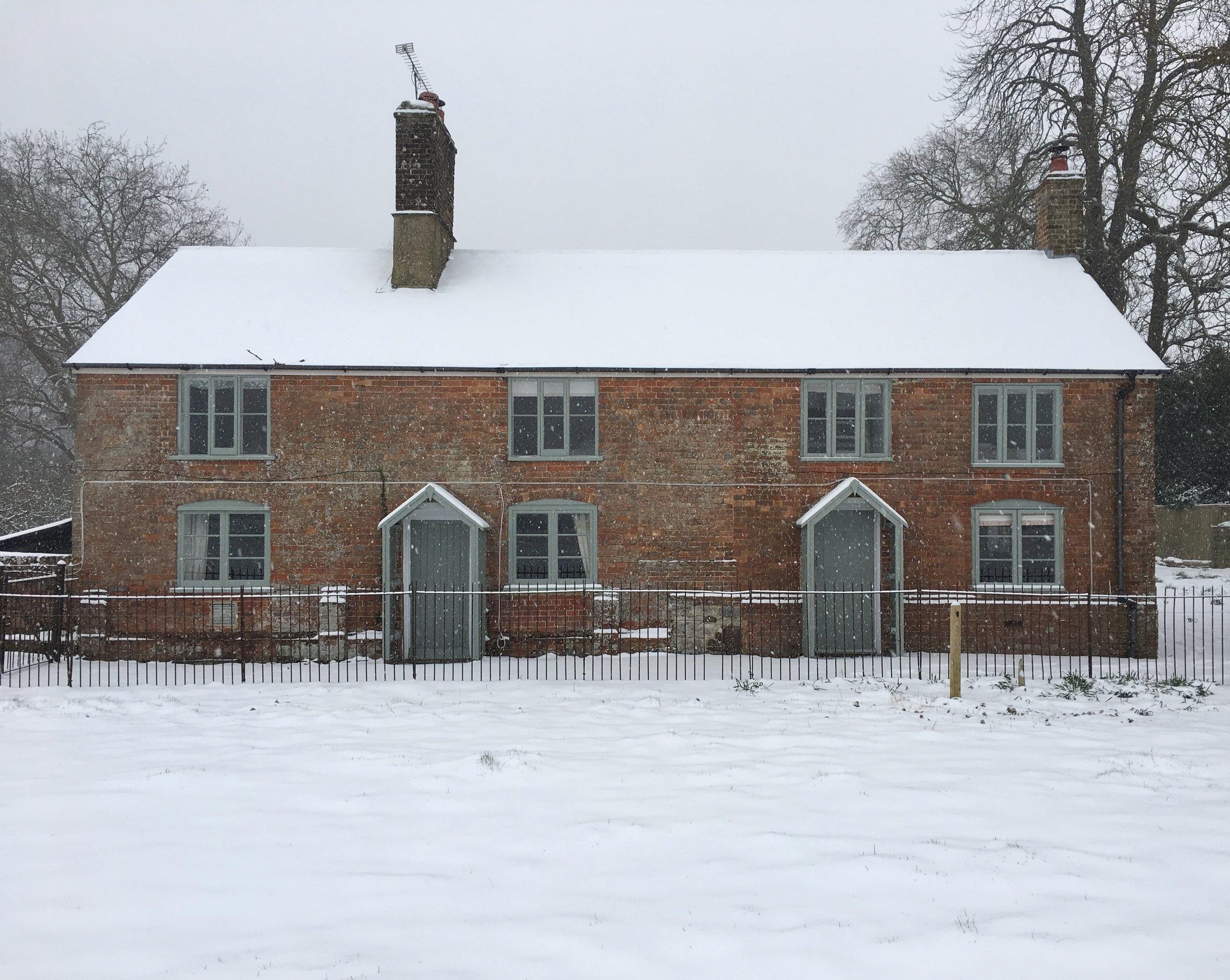 Cottages Snow.jpg