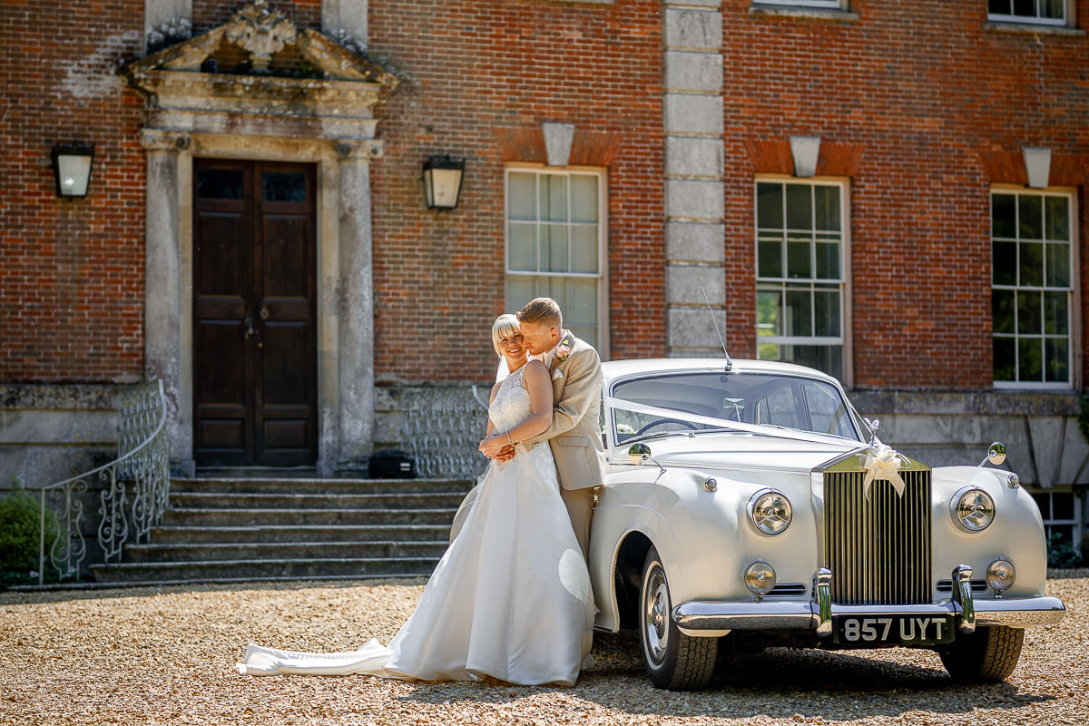 Deans-Court-Wimborne-wedding-photographer_0030.jpg