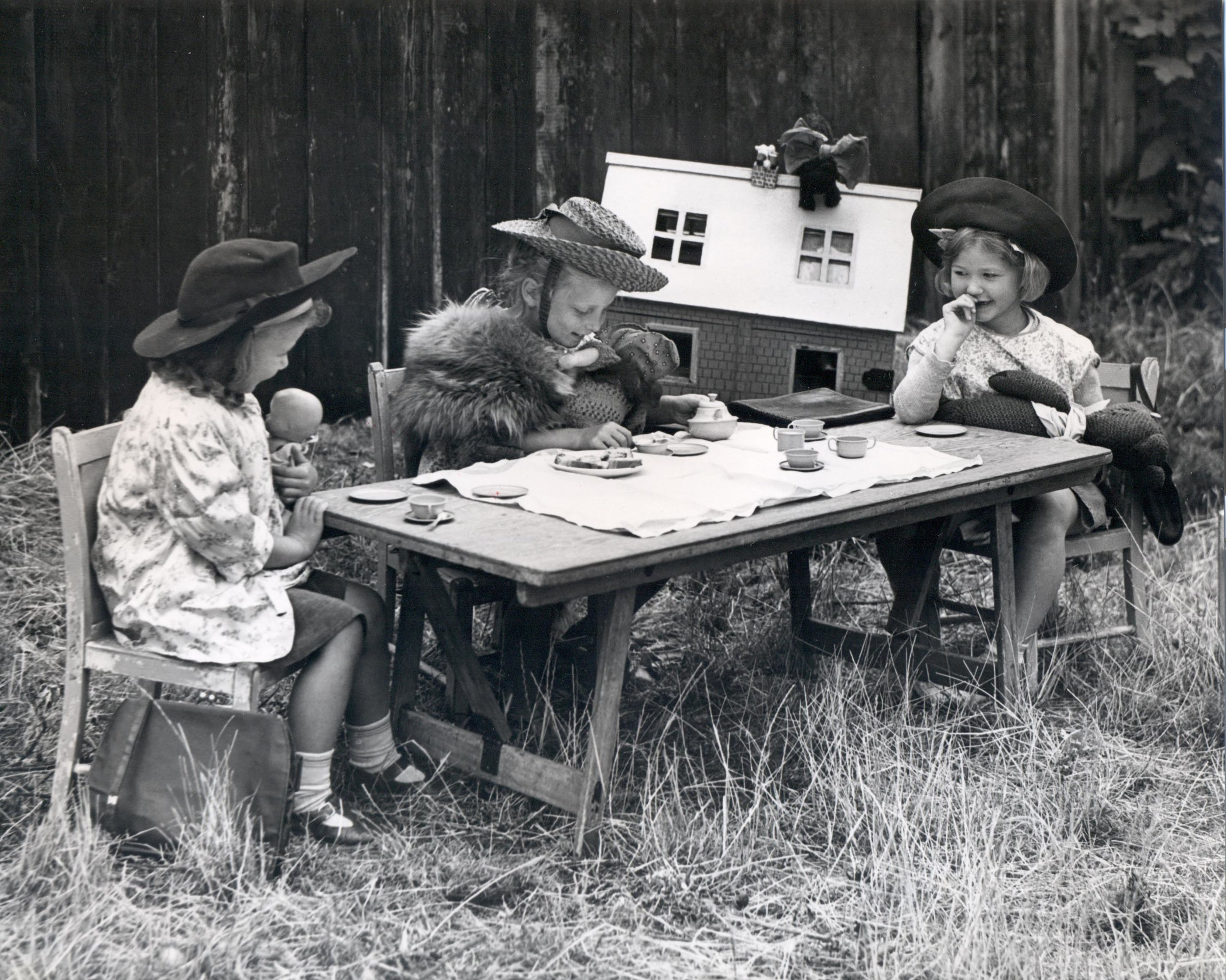 Wall End Day Nursery, The Tea Party, 1949. Copyright © London Borough of Newham Archives.