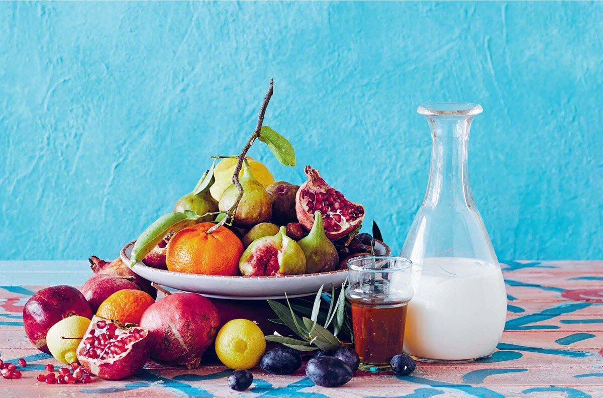 Citrus, dairy, and fruits of many kinds – all key ingredients in the Afghan kitchen.