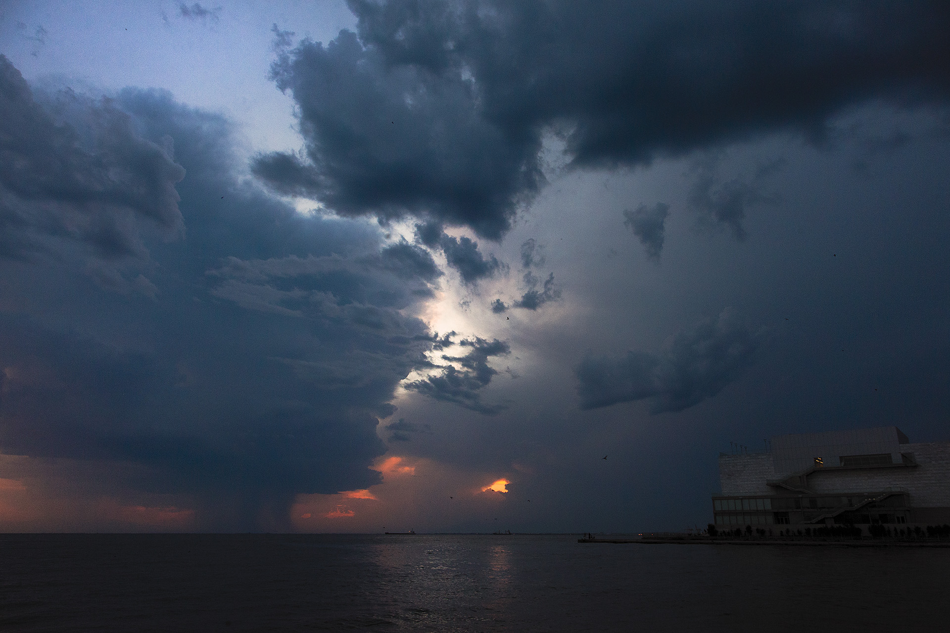 storm coming Thessaloniki
