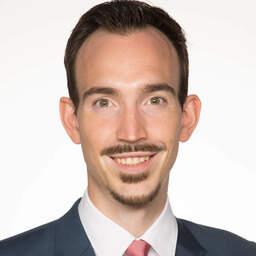 Florian Kuhn, Volljurist Schwerpunkt: Vertragsrecht