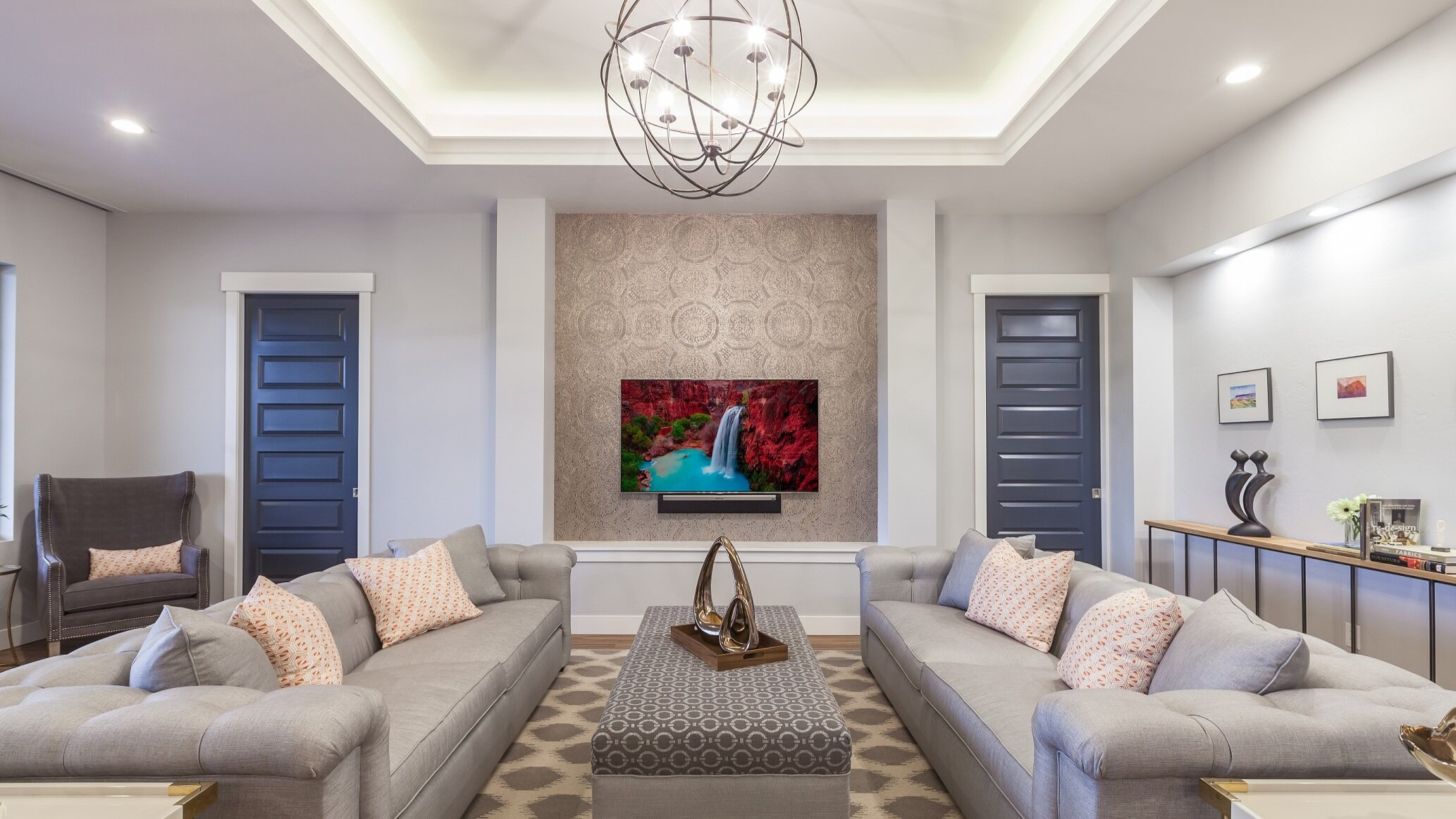Residential Builders - Homeowners expect interior design.Add customer service, not overhead.Make homeowner meetings efficient.
