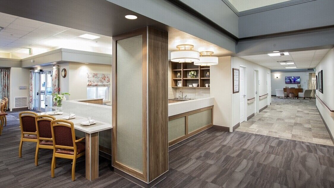 Commercial General Contractors - Set expectations pre-construction.Branded interiors make you look good.Add customer service without overhead.