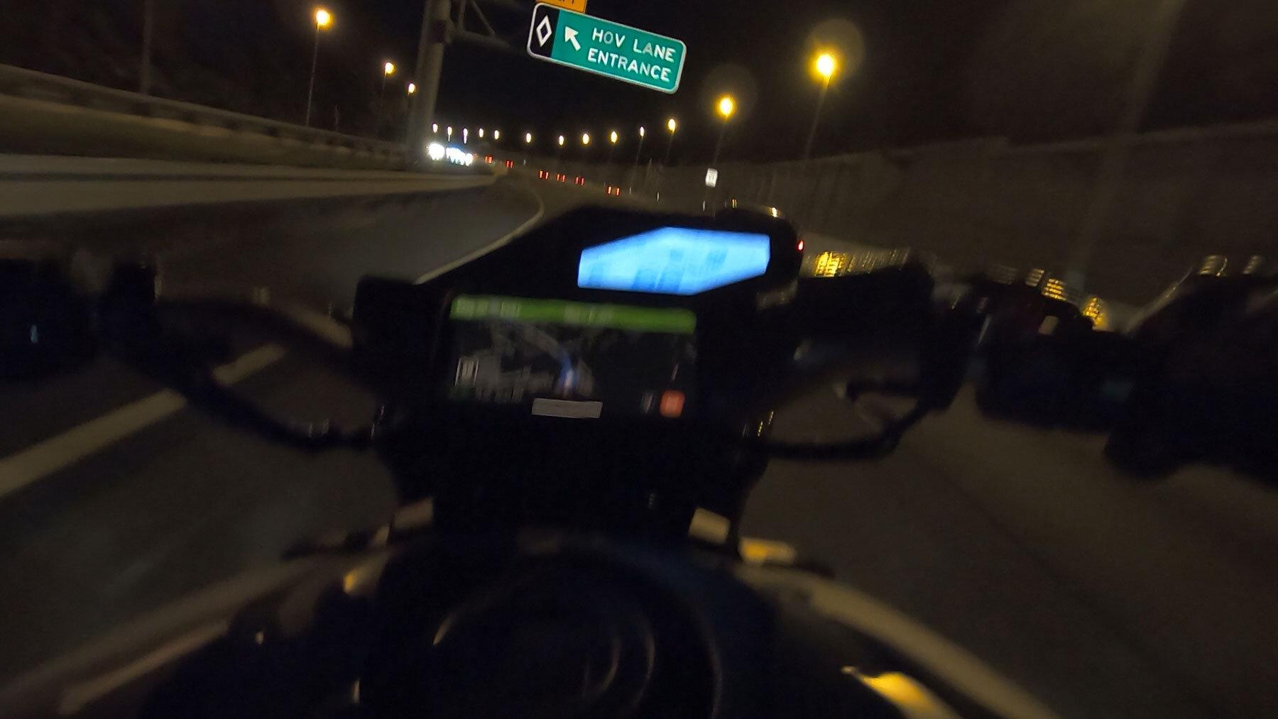 motorcycle-hov-lane.jpg