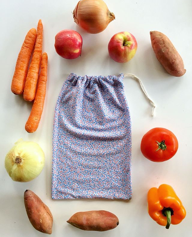 reusable veggie bags credit thefarwoods.jpg